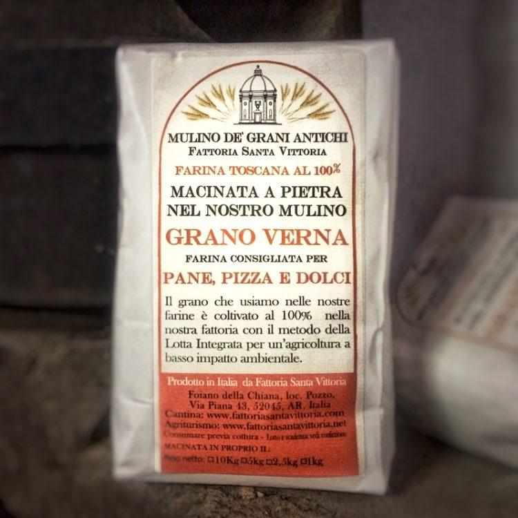 Farina di grano Verna Macinata a pietra